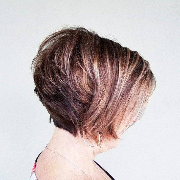 20 Best Short Hairdos For Women Over 60 That Will Take 20 Years Off Your Face_34