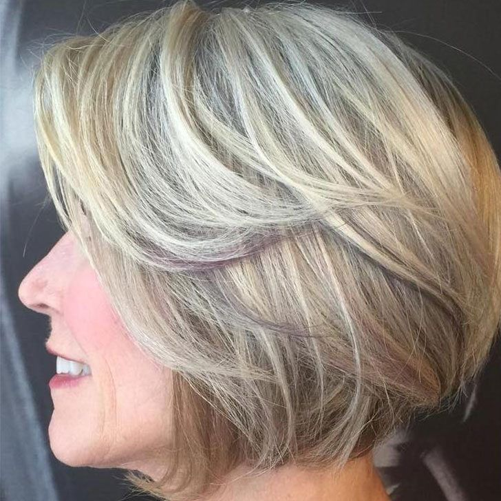 20 Best Short Hairdos For Women Over 60 That Will Take 20 Years Off Your Face_39