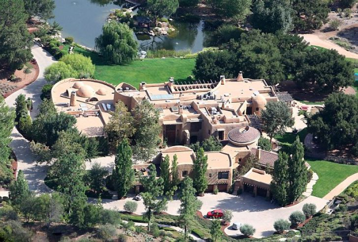 Inside Will Smith's $42 Million Los Angeles Mansion_1