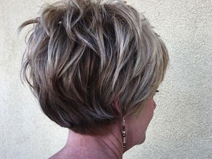 50 Best Short Hairdos For Women Over 60 That Will Take 20 Years Off Your Face