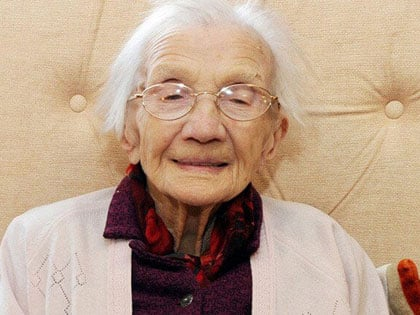 96-Year-Old Woman Sells 72-Yr House, Buyers Can't Believe What They See Inside
